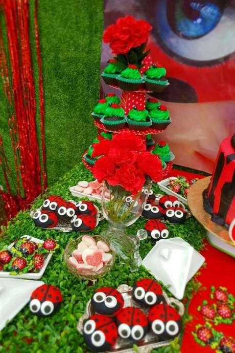 71. Lembrancinhas para kit festa ladybug – Por: Pinterest