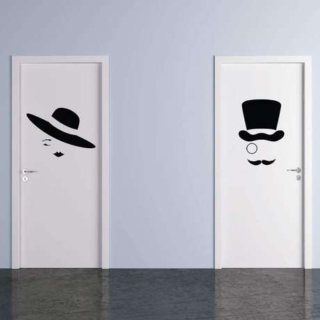 56. Modelo de placa banheiro feminino e masculino – Foto: Elo7