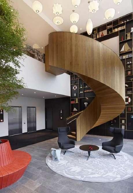 19. Sala com escada caracol deslumbrante. Fonte: Ideias Decor