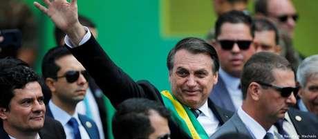 """Primeiro desfile da Independência de Bolsonaro tem como slogan """"Vamos valorizar o que é nosso"""""""