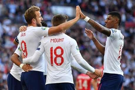 Kane marcou três vezes em Wembley (Foto: AFP)