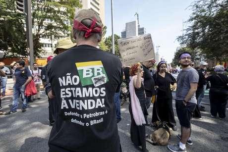 Manifestantes protestam na Av. Paulista no 7 de Setembro