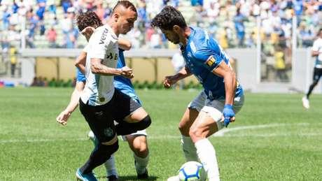 O Cruzeiro não conseguiu se impor em casa e foi goleado pelo Grêmio, aumentando a crise na equipe celeste- (Fabio Barros/Agencia F8/Lancepress!)