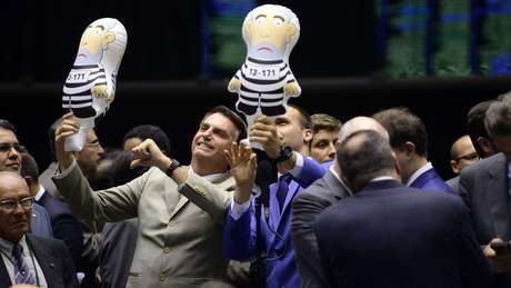 Bolsonaro começou a ampliar seu público por volta de 2014, com falas polêmicas sobre vários temas