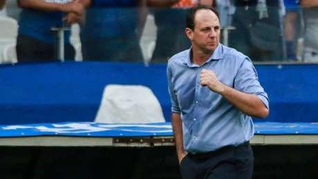 Ceni deu uma declaração forte de que poderia deixar o Cruzeiro, mas a diretoria garante que ele fica-( Dudu Macedo/Fotoarena/Lancepress!)