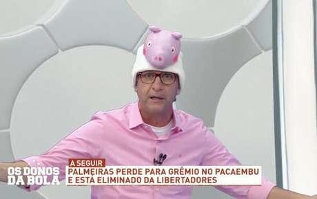 Neto vestiu um chapéu de desenho infantil de uma porca para ironizar eliminação palmeirense (Reprodução)