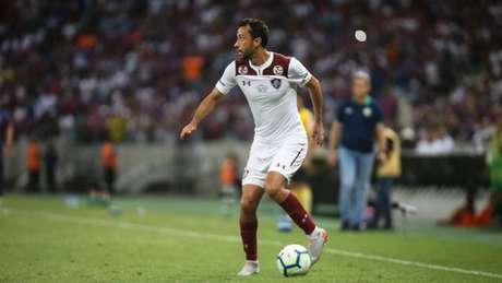 Com habilidade na perna esquerda, Nenê vem se destacando pelo Fluminense (Foto: Lucas Merçon/Fluminense)