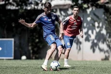 Yuri Alberto marcou três gols em goleada dos reservas do Santos em jogo-treino (Foto: Ivan Storti/Santos)