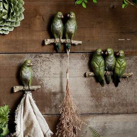 72. Conjunto de ganchos em formato de pássaro. Fonte: Pinterest