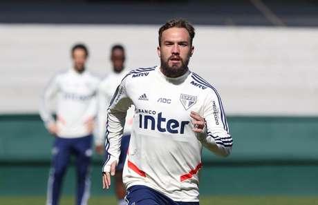 Willian Farias deve acertar contrato até o fim de 2020 com o Sport (Foto: Rubens Chiri/São Paulo)