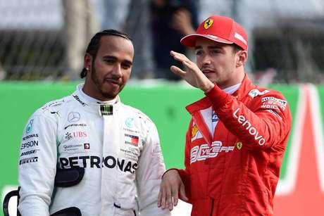 """Hamilton sobre agressividade de Leclerc: """"Se é assim que podemos competir, também vou competir assim"""""""