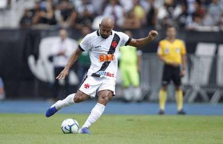 Fellipe Bastos destaca a dificuldade de enfrentar a Chapecoense fora de casa (Foto: Rafael Ribeiro/Vasco)