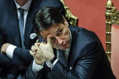 Premier da Itália, Giuseppe Conte enfrenta Senado por voto de confiança