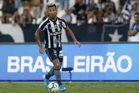 Meia foi um dos destaques do Glorioso na vitória sobre o Atlético-MG(Foto: Vitor Silva/Botafogo)