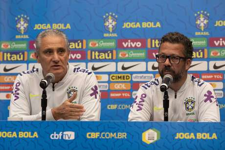 Nesta segunda-feira, Tite e Cléber Xavier participaram de entrevista coletiva (Foto: Lucas Figueiredo/CBF)