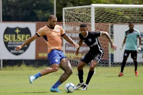 Os gols do amistoso foram marcados por Arthur Caíke, Fernandão e João Pedro. (Foto: Felipe Oliveira/ Bahia EC)
