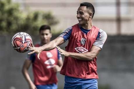 Guilherme Nunes jogará pelo Paraná até o fim do estadual 2020 (Ivan Storti/Santos FC)