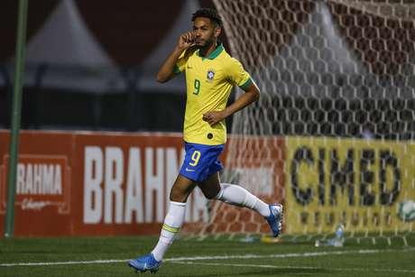 Matheus Cunha foi o nome da vitória brasileira.
