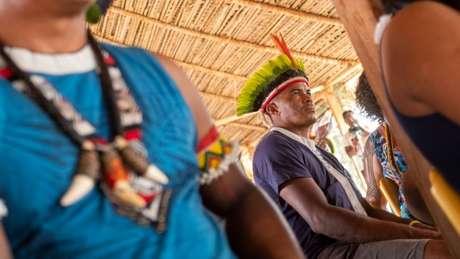 Cacique Giliarde Juruna diz que Belo Monte provocou graves cisões na comunidade que ficou na Volta Grande, fazendo com que uma aldeia se dividisse em quatro