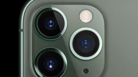 Aparelho lançado pela Apple tem sistema triplo de lentes traseiras