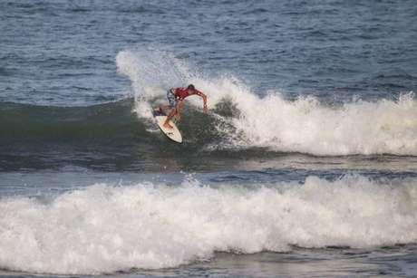 Ilha do Mel recebe etapa do Brasileiro de Surf