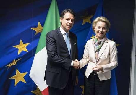 Giuseppe Conte se reúne com Ursula von der Leyen em Bruxelas