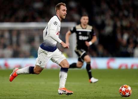 Eriksen tem sido um dos principais jogadores do Tottenham (Foto:AFP)