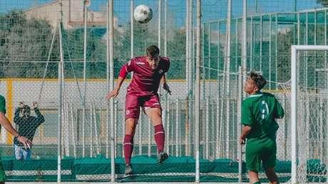Brasileiro em campo pelo Livorno (Foto: Divulgação/Livorno)
