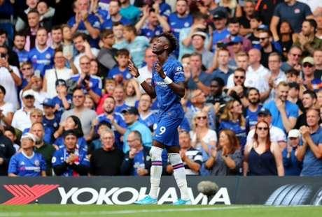 Abraham é um dos destaques do Chelsea (Foto: Reprodução)