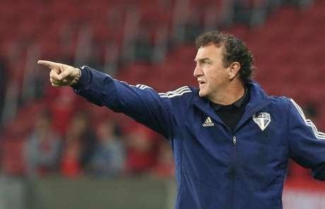 Cuca quer evitar a repetição de jejum de quatro jogos sem marcar gols (Foto: Rubens Chiri / saopaulofc.net)