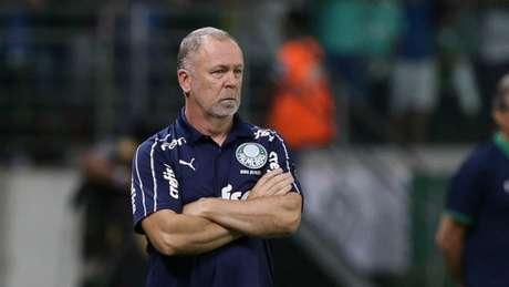 Mano Menezes mantém o 100% de aproveitamento à frente do Palmeiras (Foto: Cesar Greco/Palmeiras)