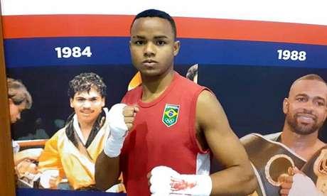 Brasileiro conquista vitória sobre o polonês pelo Mundial de Boxe (Foto: CBBOXE / Divulgação)