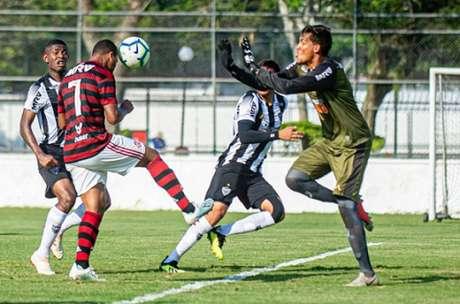 Wendel foi quem abriu o placar nesta tarde (Foto: Marcelo Cortes / Flamengo)