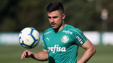 Willian superou a marca do passado no rival e crê que Mano Menezes pode fazer o mesmo (Cesar Greco/Palmeiras)
