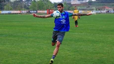 Renato está de volta aos trabalhos na Chape (Foto: Divulgação/Chapecoense)