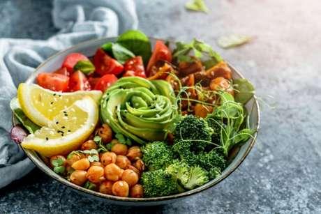 Faça trocas inteligentes e monte um prato equilibrado e diverso