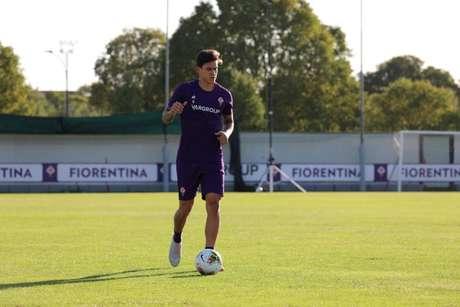 Pedro já está treinando com o elenco da Fiorentina (Foto: Reprodução/Fiorentina)