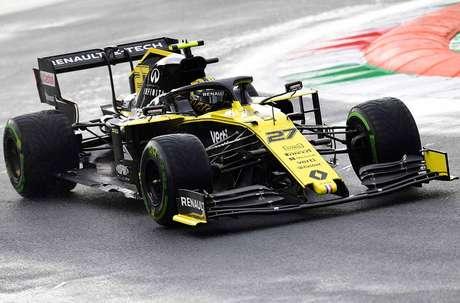 Chefe da Renault admite que vencer a McLaren não é seu único objetivo