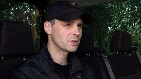 Sergei Rodkin contrata ex-policiais e ex-militares