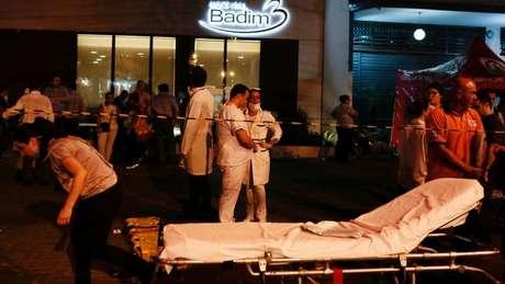 Doze pessoas morreram no incêndio que atingiu o Hospital Badim