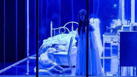Cena da ópera Prism, da compositora canadense Ellen Reid.