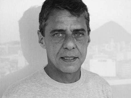 Embaixada brasileira censura filme sobre Chico Buarque no Uruguai