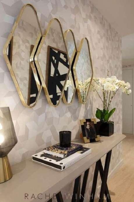 58. Escolha os espelhos decorativos conforme o estilo do seu ambiente – Foto: Decoração de Casa