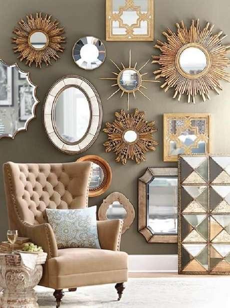 2. Usar vários modelos de espelhos com molduras diferentes trás mais personalidade para o ambiente.