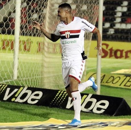 Didi marcou o gol solitário da partida (Foto: Raul Ramos/Ag. Botafogo)