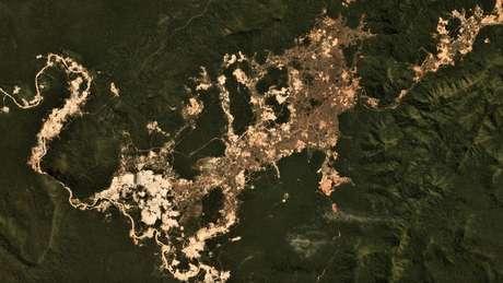 Garimpo ilegal de ouro na Terra Indígena Kayapó, no Pará; imagens de satélite mostraram aumento da atividade desde o início do governo Jair Bolsonaro