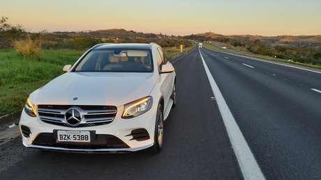 Na estrada, o Mercedes GLC 250 é um carro que não cansa.
