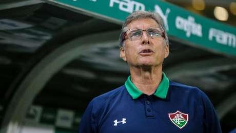 Oswaldo de Oliveira durante jogo contra o Palmeiras (Lucas Merçon/Fluminense)