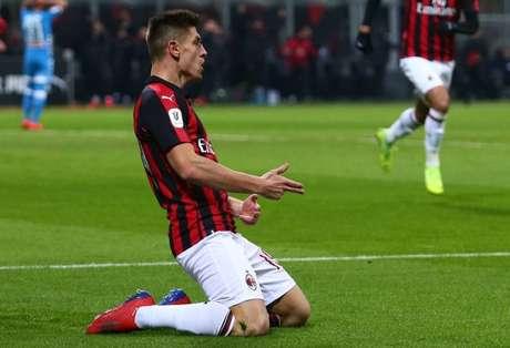 Piatek foi autor do único gol do jogo (Foto: Divulgação/AC Milan)