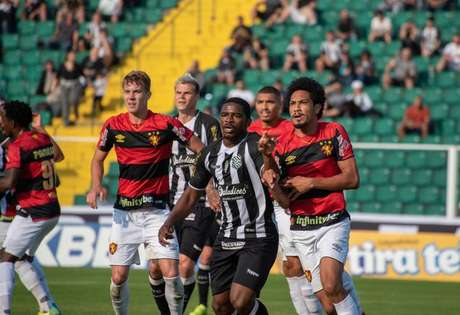 Sport está há sete jogos sem perder (Foto: Divulgação/Figueirense)